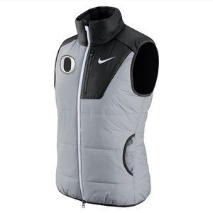 NWOT Nike Oregon Ducks Puffer Vest Insulated M